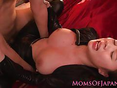 Asian milf gets her pussy hammered