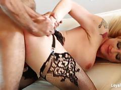 Seductive leya falcon gets her pussy nailed