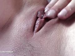 """i will eat your pussy if you get out of the hot tub"" - pussy eating orgasm"