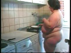 Mature wife with super saggies tidies up