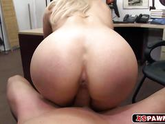 Horny hot chick wants to suck a monsterous cock