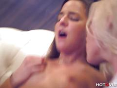 Squirting lesbians in fucking public 4some