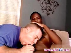 Black dude has a fat dick he gets sucked off
