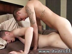 Tattooed college twink nails his sexy boyfriends hot ass in bed