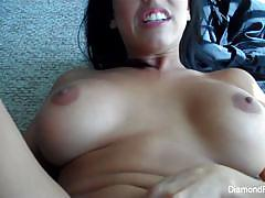 Babe diamond kitty loves to tease