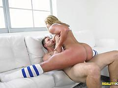 Pussy pudding kelsi monroe is flexible as fuck and loves to get drilled doing the splits