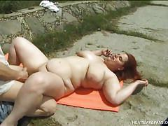 Outdoor photo shoot with fatty redhead