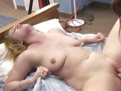 Mature mom and daughter lesbian experience