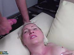 Seductive mature amateur gets her pussy nailed