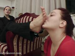 Mistress shows how a foot slave worships feet (foot domination)