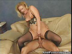 Blonde amateur gets her ass nailed