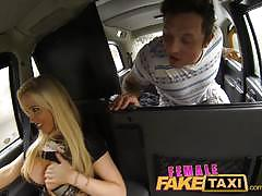 Blonde taxi driver loves cock
