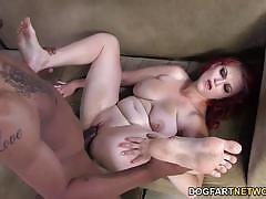 Redhead gets her pussy pummelled