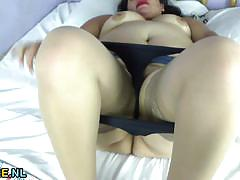 Chubby latina masturbating