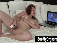 Bbw ginny toying her snatch