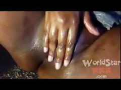 Ebony pussy play with huge dildo
