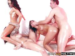 Keiran enjoying group sex with three amazingly hot babes