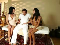 Funny deep tissue massage threesome with chloe amour and veronica avluv