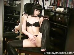 Hot goth babe in high heels fucks her ass with a vibrating anal toy
