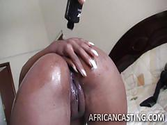 Ebony cunt gets penetrated