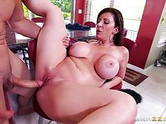 Longing milf sara jay gets exactly what she wants
