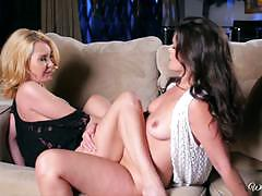 Khaleesi wilde and aaliyah love hot pussy action