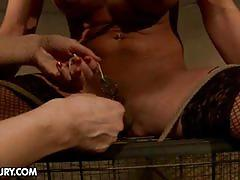 A pearl in the dungeon in this bdsm video