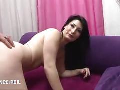 Jolie milf demontee pour son casting porno