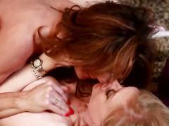 Lenegendary lesbian scene