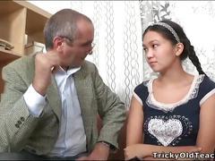 Old teacher give a good fuck for cute asian teen