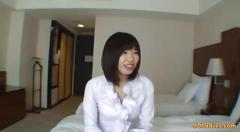 Office lady gets seduced in a hotel