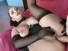 Liza sex play in a whitezilla