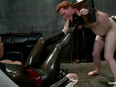 Lorelei lee dominates her slaves with her feet