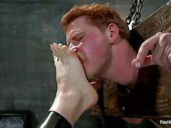 Lorelei lee dominates her slaves with her feet