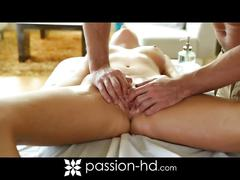 Alexis adams relaxing pussy massage and fuck