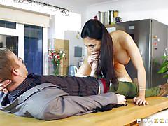 Porn stars like it big and hard