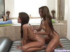 Pussy licking girls kina kai and capri cavanni