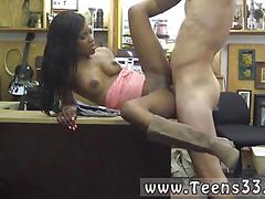Black sexy chick gets fucked by pawn man in boots on table