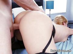 Voluptuous hoe jazmyn uses her cunt and mouth