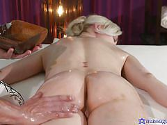 milf, blonde, massage, seduce, pussy licking, fingering, rubbing, massage rooms, sexy hub, linda summer