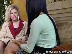 Jessa rhodes and peta jensen get banged by one handsome stud