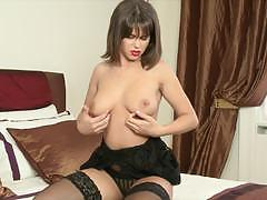 Stunning cinthia doll fingers her pussy in sexy stockings