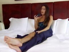 Nikki bella soles wwe diva