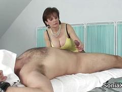 Adulterous uk mature lady sonia reveals her huge tits