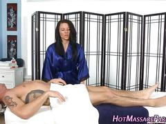 Pretty masseuse sucks