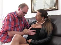 Xxx omas - bei dreier doppelt penetriert und anal gefickt