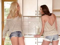 A girl knows - slutty dykes victoria puppy and aiko may having morning sex