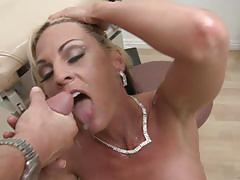 Sindy lang gets nailed by her horny doctor
