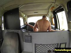 Female cabbie beauty orally pleasured in taxi