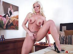 Britney amber orgasms insanely loudly